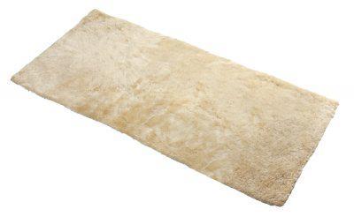 Universal Lammfell Auflage beige, als Auflage im Auto, kleiner Lammfell Teppich, Lammfell Fußmatte, ca. 120x60 cm
