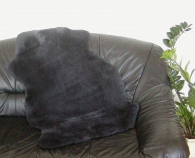 australische Lammfelle anthrazit gefärbt, vollwollig, 30 mm geschoren, 30 Grad waschbar, ca. 100x65 cm