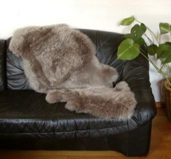 Chamier australische Doppel Lammfelle aus 1, 5 Fellen beigebraun, Haarlänge ca. 50-70 mm, voll waschbar, ca. 160 cm