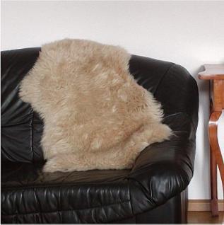 Merino-Lammfell beige gefärbt, voll waschbar, Haarlänge ca. 50-70 mm, ca. 90 cm lang