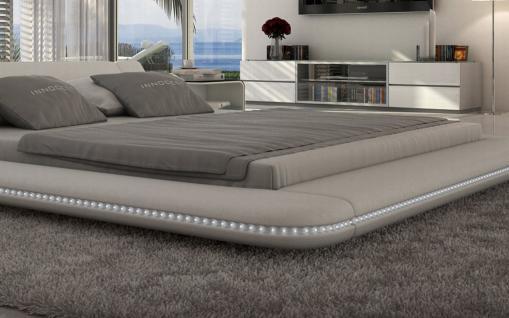 Design Polsterbett Custo mit LED Beleuchtung 180x200 weiß