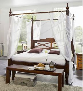 Massivholz Himmelbett aus Akazienholz nougat mit Bezugstoff weiss Traumbett günstig
