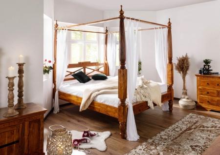 Massivholz Himmelbett aus Akazienholz HONIG mit Bezugstoff weiss Traumbett günstig
