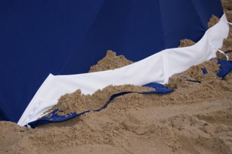 Strandmuschel + Sonnenschirm (2in1) aus Polyester UPF 80+, 240 cm, blau - Vorschau 4