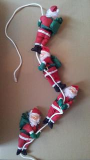 4 x Weihnachtsmann, Santaclaus hängend an Seil 1, 75 Meter