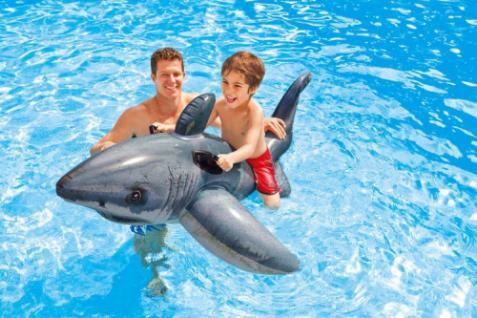 Aufblasbarer weißer Hai 173 cm Schwimmtier Reittier mit Griffen von Intex