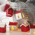 LED-Minilichterkette, HOUSES, Holzhäuschen, 10 warmweiße LEDs, batteriebetrieben