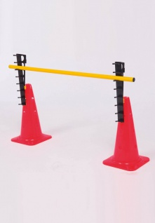 PRO ACT Set aus 2 kegelförmigen Hütchen + 2 Leitern + 1 Trainingsstange