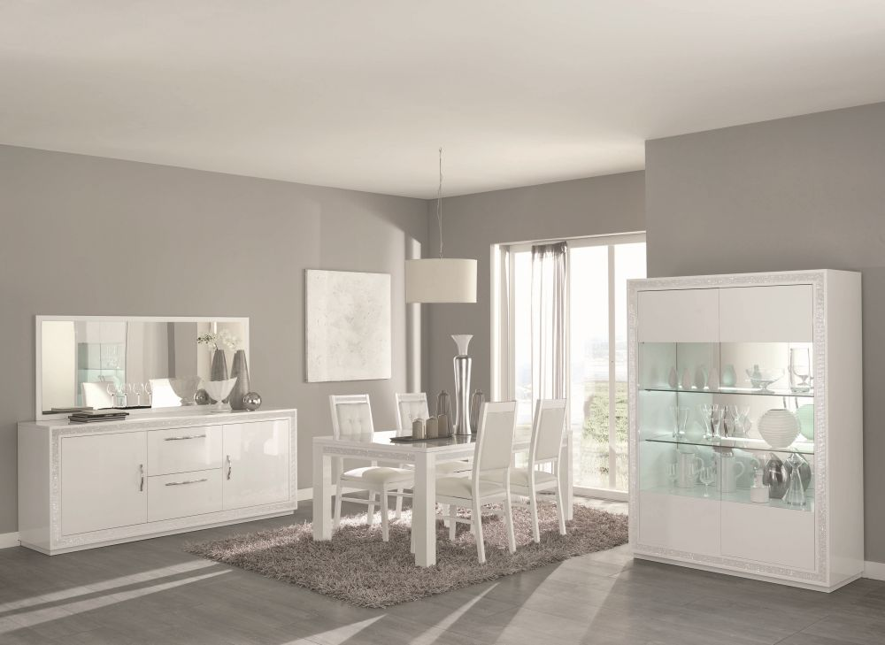 vitrine 2 trg christal in weiss mit led beleuchtung. Black Bedroom Furniture Sets. Home Design Ideas