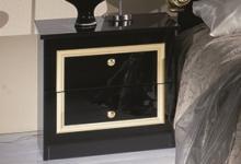 Nachtkonsole ELISA in Schwarz Gold klassische Möbel