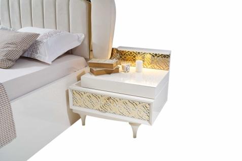 Zwei Nachtkommoden Pena in Weiß mit LED