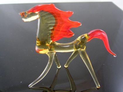 Pferd 21-11 - Glastier