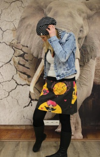 Rock schwarzer Sommerrock Dark Princess Totenköpf Rock handgefertigt