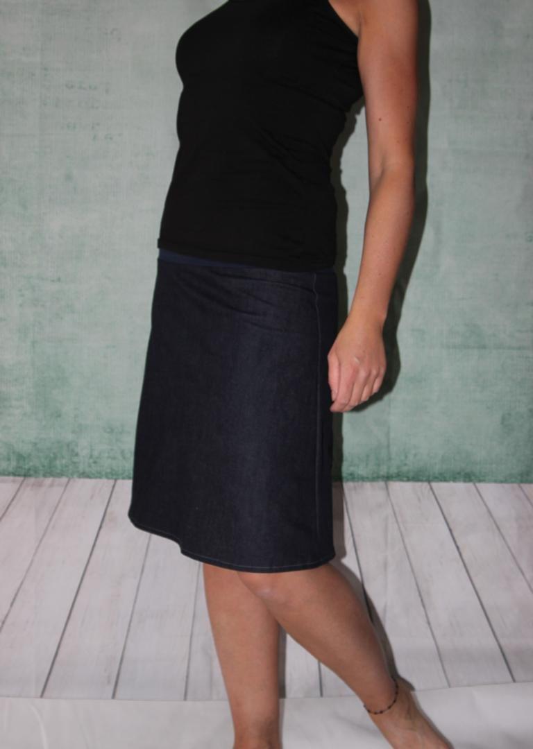 hot sale online 1e49b 6bf9c Jeansrock, Stretch Rock, Jeans Rock, blau oder schwarz knielanger Rock,  midi Gr. 36 - 44