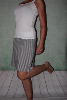 gestreifter Stretch Rock A- Form mini Jersey schwarz/weiß gestreift handgefertigt