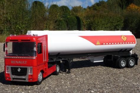 Spielzeug LKW Renault Magnum Petroleum Tanker in 1:32