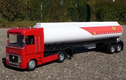 Spielzeug LKW Renault Magnum Petroleum Tanker in 1:32 - Vorschau 3