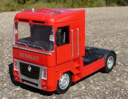 Spielzeug LKW Renault Magnum Petroleum Tanker in 1:32 - Vorschau 4