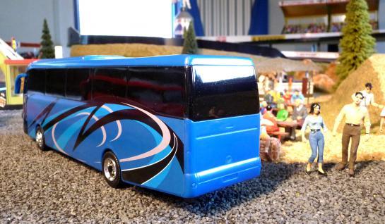 Spielzeug Reisebus Iveco In 1:43 - Vorschau 2