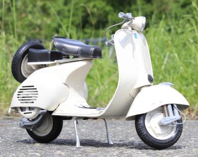 Stand-Modell-Motorrad PIAGGIO VESPA 150 VL1T Baujahr 1955 Länge 30cm - Vorschau 2