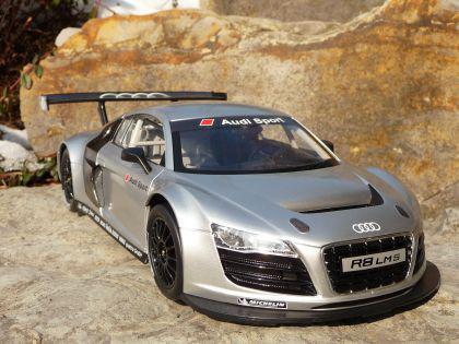 """Rc Modell Audi R8 Lms Mit Licht 32cm 40mhz """"ferngesteuert"""" - Vorschau 2"""
