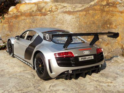 """Rc Modell Audi R8 Lms Mit Licht 32cm 40mhz """"ferngesteuert"""" - Vorschau 4"""