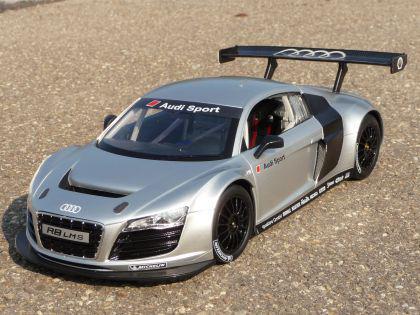 """Rc Modell Audi R8 Lms Mit Licht 32cm 40mhz """"ferngesteuert"""" - Vorschau 5"""