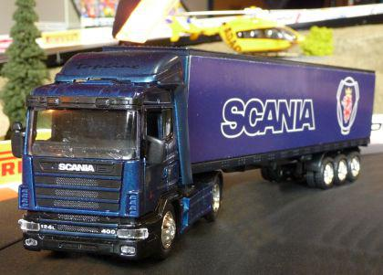 LKW Scania R124 + CONTAINER DEKORATION passend für Carrera DIGITAL 1:32