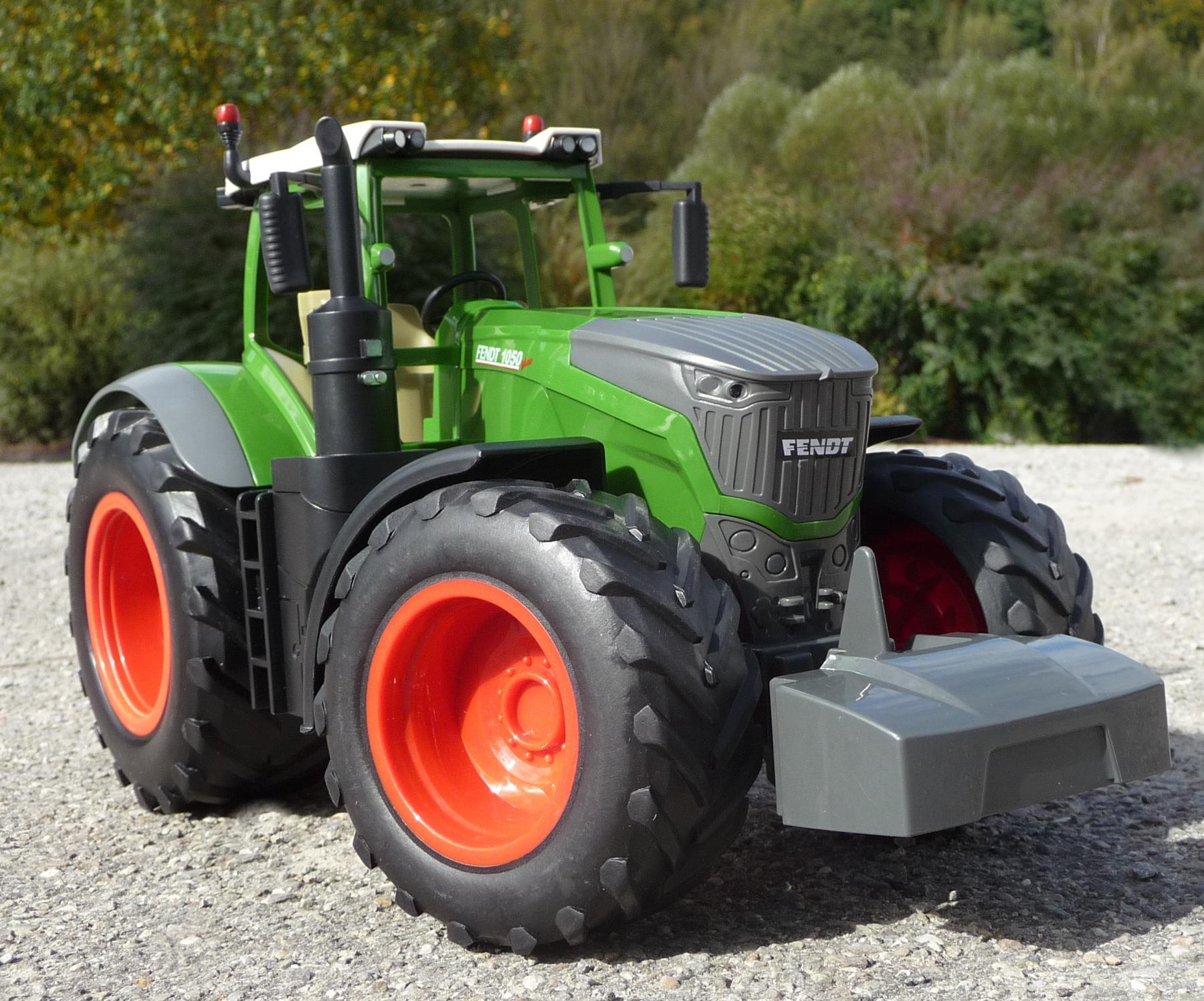 rc traktor fendt 1050 anh nger in xl l nge 74cm. Black Bedroom Furniture Sets. Home Design Ideas