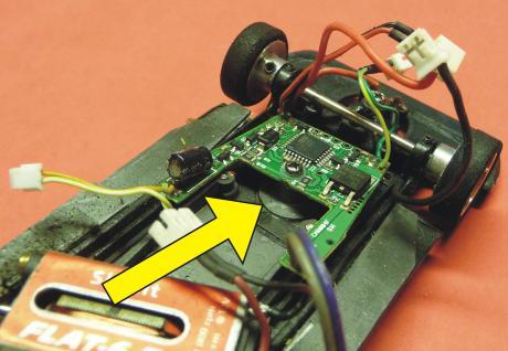 Slotcar HALTER 3er SET für Carrera Digitaldecoder für UMBAU an Slot it / NSR / FLY - Vorschau 3