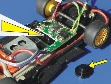 Slotcar HALTER für Carrera Digitaldecoder für UMBAU an Slot it / NSR / FLY