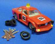 4-STÜCK Reifen VORNE / HINTEN + 8 SCHLEIFER für Carrera Servo 140 V2 AUTO's