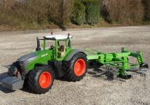 "RC Traktor FENDT 1050 + SCHWADER-Anhänger in XL Länge 70cm ""Ferngesteuert"""