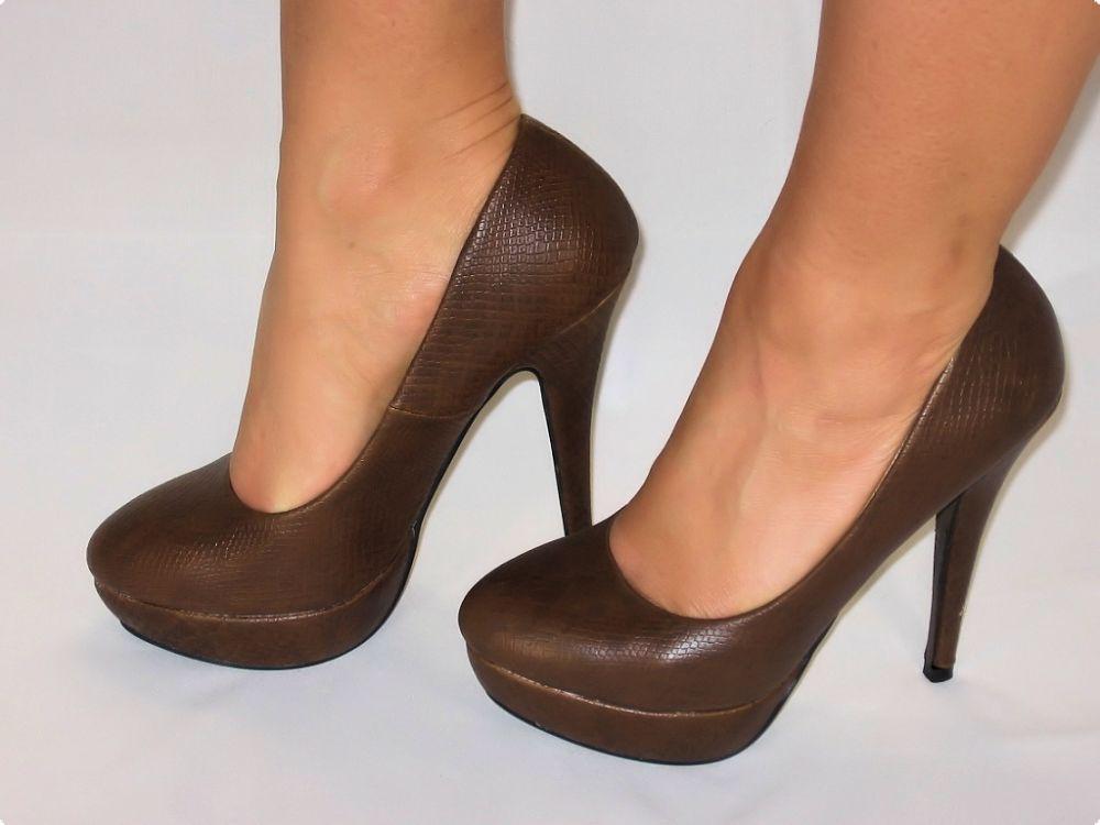 3517a3e4dfc98e Elegante High-heels In Schlangenleder-optik In Braun - Kaufen bei ...