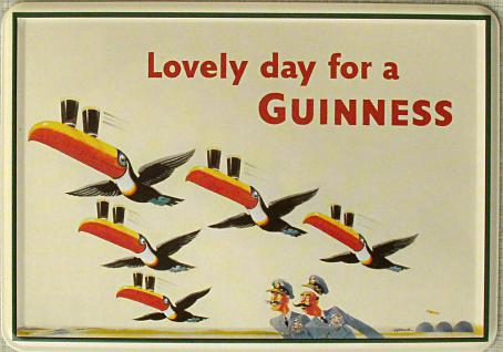 Blechpostkarte Guinness Fliegende Tukane