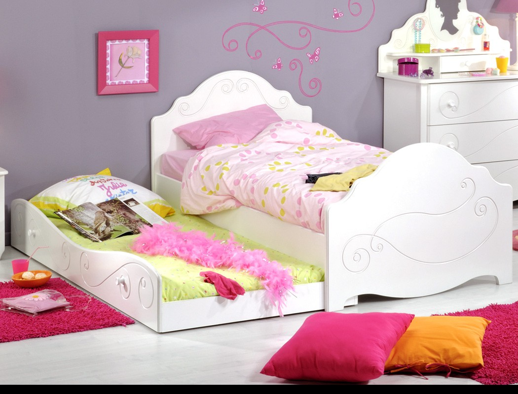 kinderbett anne 90x200 wei lackiert bett mit bettkasten. Black Bedroom Furniture Sets. Home Design Ideas