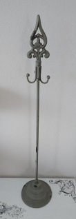 Shabby Kranz/Dekohalter Metall mit 4 Haken grau/antik 74, 5 cm