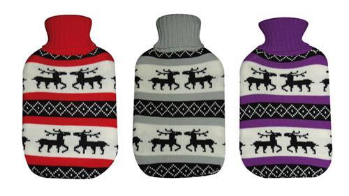 ALSS Wärmflaschen 1 Liter Schweden Elch mit Strickbezug Bettflasche - Rot Weiss Schwarzen Rollkragen Pullover Design - Vorschau 2