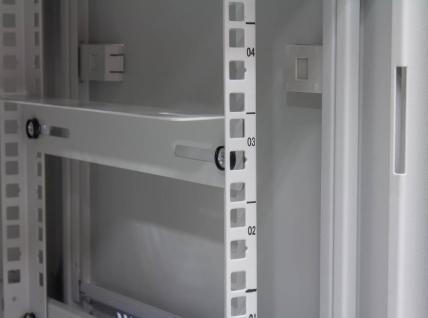 19' Wandgehäuse, 6HE, lichtgrau (RAL7035) Rückseite schwenkbar, 600x550 mm, fertig montiert, mit Lüfter, Good Connections®