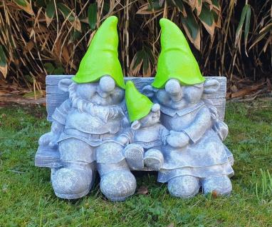 Wichtel auf Gartenbank Dekofigur Wichtelfamilie lustige Gartendeko Wichtelparade