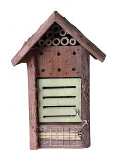 Wespenhotel Insektenhotel Nistplatz naturbelassen Wildbienen Fluginsekten