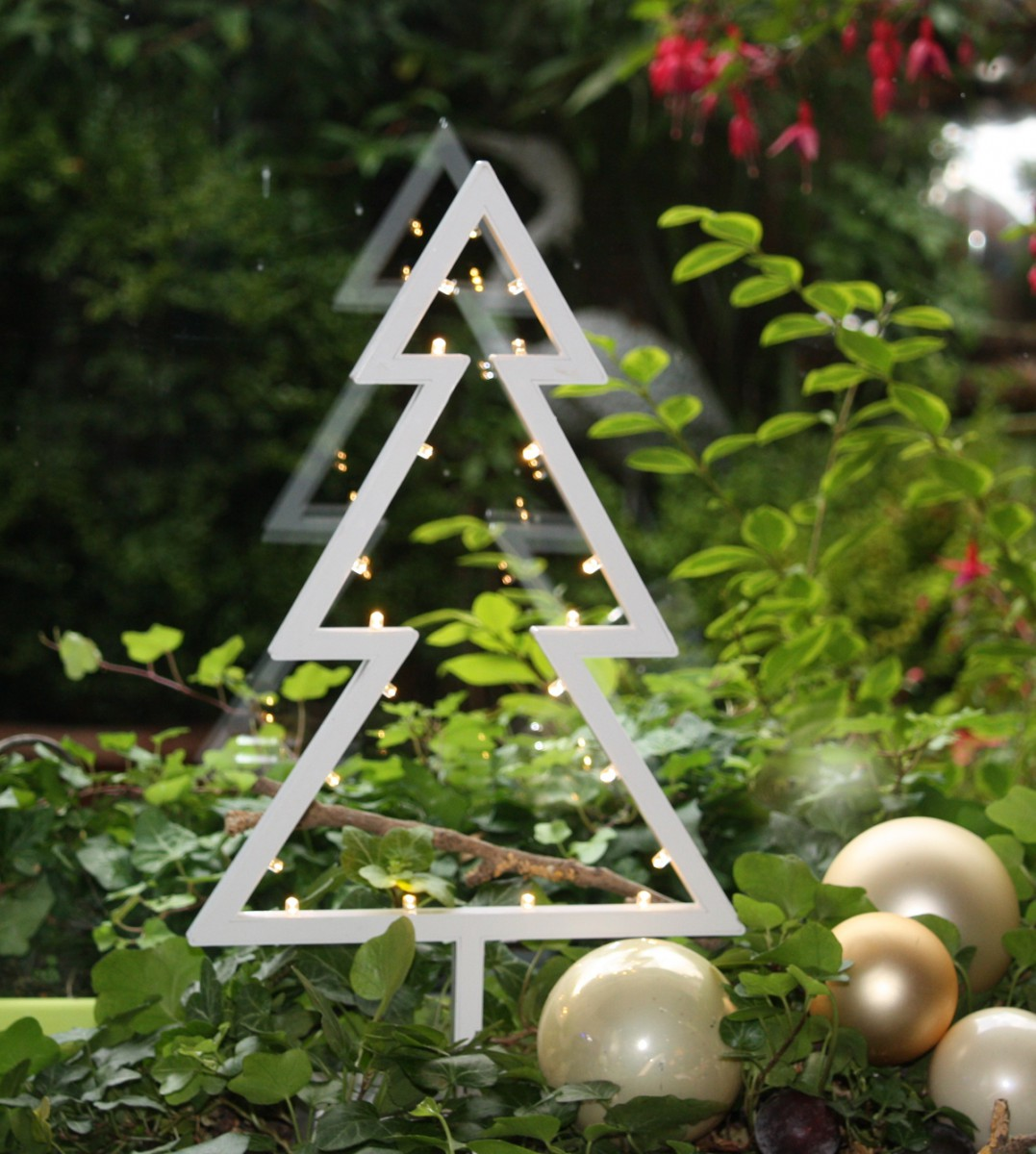 LED Deko Tannenbaum mit 20 LED´s Weihnachtsbaum Weihnachtsdeko ...