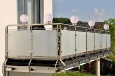 Solar LED Zaunleuchte mit 4 Power LED´s Geländerleuchte Kugelleuchte für Balkon