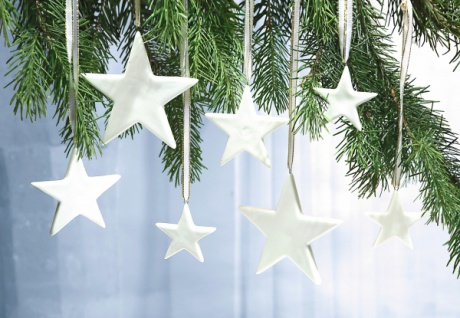 12 Sterne aus Porzellan, weiß, Weihnachts Christ Baum Schmuck Deko Hänger Set