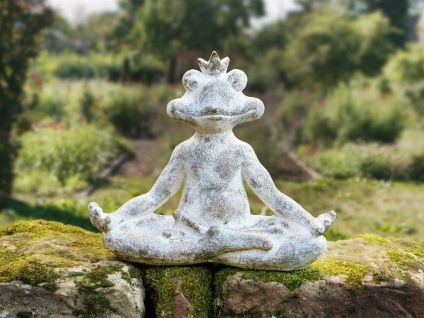 """Deko Frosch """" Entspannung"""" 36 cm hoch grau Buddha Gartenfigur Skulptur"""