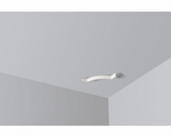 bilder deckenleiste deckenleisten anbringen richtig auf gehrung schneiden und deckenleiste mda. Black Bedroom Furniture Sets. Home Design Ideas