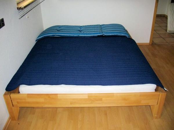 doppelbett buche massiv 160x200 neu ohne kopfteil. Black Bedroom Furniture Sets. Home Design Ideas