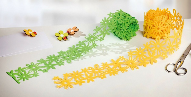 "2x Girlande "" Flowers"" aus Filz, grün + gelb, 6cm x 3m, Deko Band Basteln DIY"