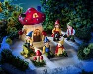LED Pilz Haus + 6 Deko Figuren für Balkon & Garten, Weg Lampe Leuchte