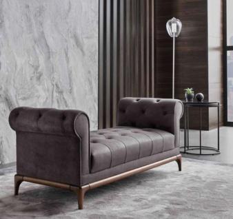 Casa Padrino Luxus Chesterfield Sitzbank Lila / Braun 175 x 58 x H. 67 cm - Moderne gepolsterte Massivholz Bank mit edlem Samtstoff - Luxus Qualität - Vorschau 3